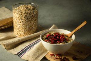 Eine gesunde Ernährung kann den Darm unterstützen und sich auf das Immunsystem auswirken.