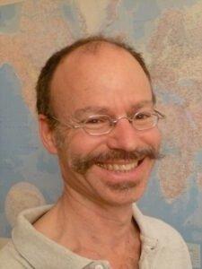 Dr. Bertrand Graz